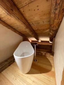 A bathroom at Luxury Cortina