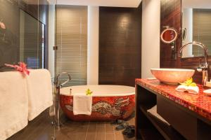 Ванная комната в Buddha-Bar Hotel Prague
