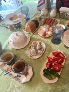 Завтрак для гостей Домашний пансион Понка Хаус