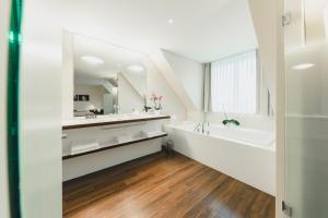 Ванная комната в Residence Hotel