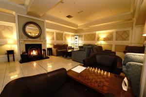 A seating area at Killarney Riverside Hotel