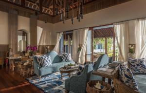 A seating area at Four Seasons Resort Langkawi