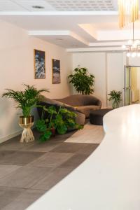 The lobby or reception area at Sentoza Sopot