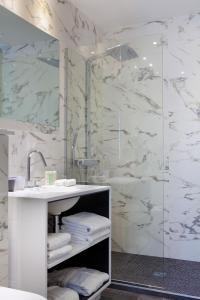 A bathroom at Hotel de Seze