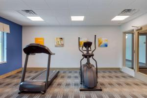 The fitness center and/or fitness facilities at Comfort Inn & Suites East Ellijay