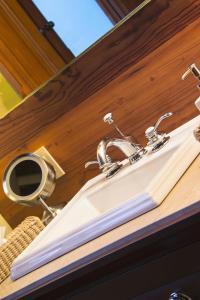 A bathroom at Casa Grande Hotel Boutique