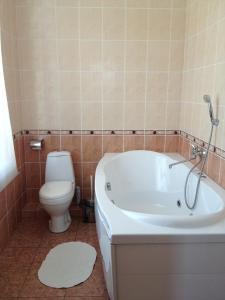 Ванная комната в RHouse Inn