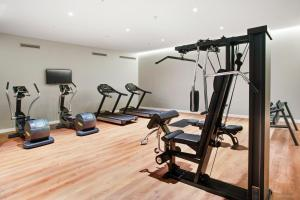 The fitness center and/or fitness facilities at Eurostars Guadalquivir
