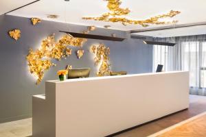The lobby or reception area at Eurostars Guadalquivir