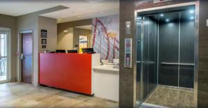 The lobby or reception area at Staybridge Suites Denver Downtown, an IHG Hotel