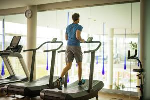 Das Fitnesscenter und/oder die Fitnesseinrichtungen in der Unterkunft Spa Resort Styria- ADULTS ONLY