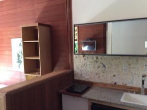 A television and/or entertainment centre at Pousada Casa Grande