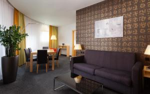 Гостиная зона в Crowne Plaza St.Petersburg Airport, an IHG Hotel