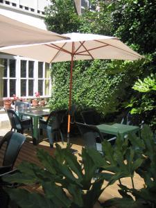 Un restaurante o sitio para comer en Eco Hotel Mundaka