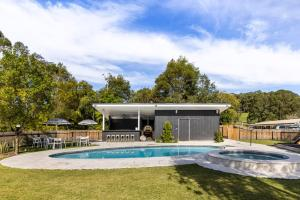 The swimming pool at or near The Lodge Bellingen