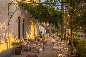 A restaurant or other place to eat at Aminess Korcula Heritage Hotel