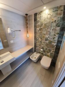 Bagno di Hotel Roca Bella