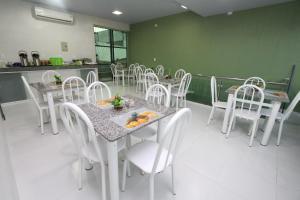 Un restaurante o sitio para comer en Hotel Lagoa