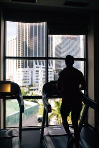 The fitness center and/or fitness facilities at InterContinental Miami, an IHG Hotel