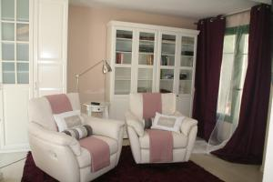 A seating area at B&B Sallent