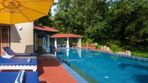 The swimming pool at or near Casa Colvale