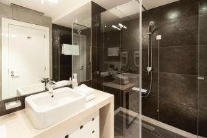 Ванная комната в Crystal Hotel