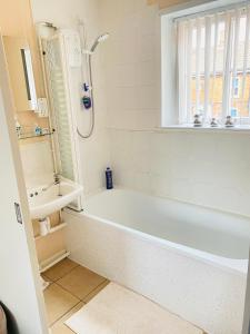 A bathroom at The Mallards