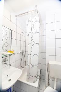 Kúpeľňa v ubytovaní Akacja Pokoje Gościnne