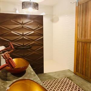 A bathroom at Suites Vida Sol
