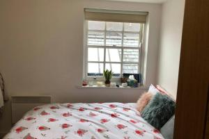 A bed or beds in a room at Quiet Private Entrance with Spacious One Bedroom