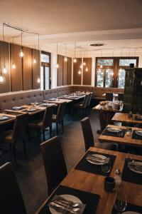 A restaurant or other place to eat at Boutique Hotel Societe