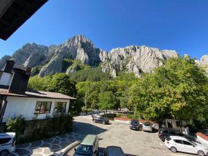 Общ изглед към планина или изглед към планина от хотела