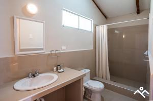 A bathroom at Hotel Villarma