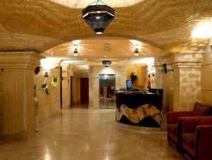 O saguão ou recepção de Bait Al Amani Suites