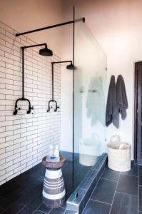 A bathroom at Jock Safari Lodge