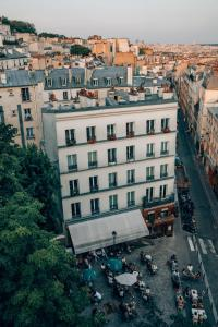 A bird's-eye view of Timhotel Montmartre