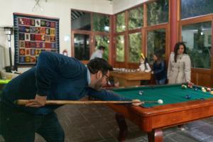 A pool table at Hotel El Refugio