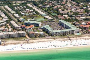A bird's-eye view of Exceptional Vacation Home in the Amenity-Rich Maravilla condo