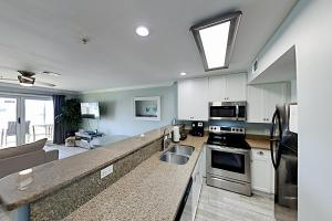 A kitchen or kitchenette at Exceptional Vacation Home in the Amenity-Rich Maravilla condo