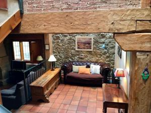 A seating area at Saltus Alvus, casas con encanto en Sotosalbos