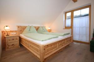 Postel nebo postele na pokoji v ubytování Ferienappartement Royer