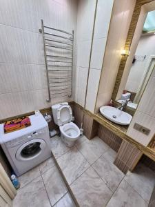 A bathroom at L&H Комфорт плюс