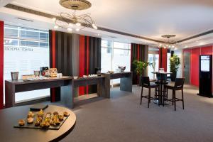 Restaurant ou autre lieu de restauration dans l'établissement Hôtel Mercure Lyon Centre Charpennes