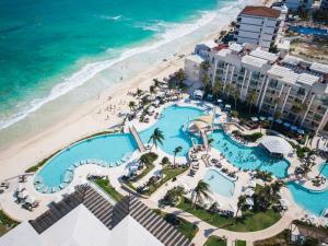 Een luchtfoto van Dreams Jade Resort & Spa - All Inclusive
