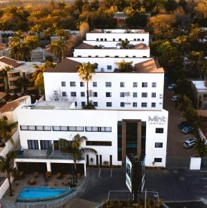 A bird's-eye view of MINT Hotel 84 on Katherine
