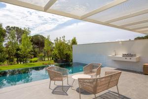 The swimming pool at or near Holiday Rentals at PGA Catalunya