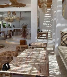 The lounge or bar area at Phangan Bayshore Resort Koh Phangan