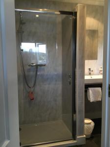 A bathroom at The Gables