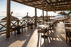 Restauracja lub miejsce do jedzenia w obiekcie Pepper Sea Club Hotel