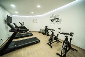 Centrum fitness w obiekcie Pepper Sea Club Hotel
